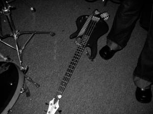 Guitar pickin' in Astoria